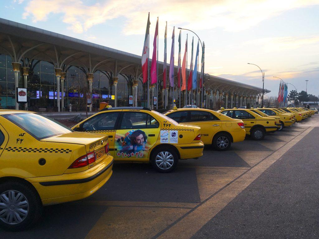 تبلیغات بر روی خودرو تاکسی