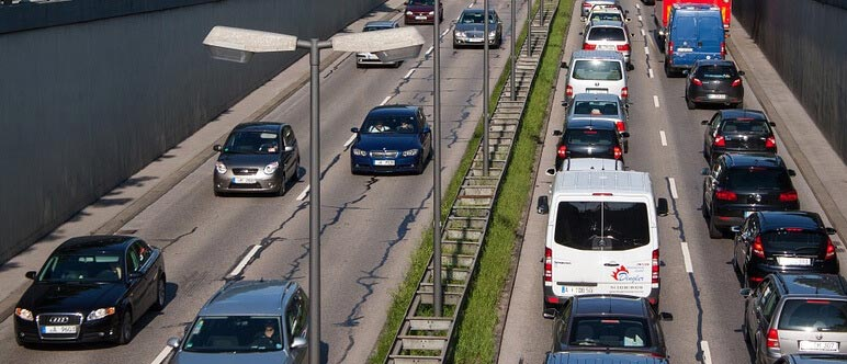 به ساعت اوج ترافیک توجه کنید